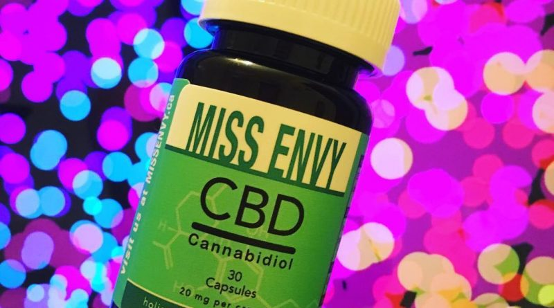 miss envy cbd capsules by miss envy botanicals cbd review by thecoughingwalrus