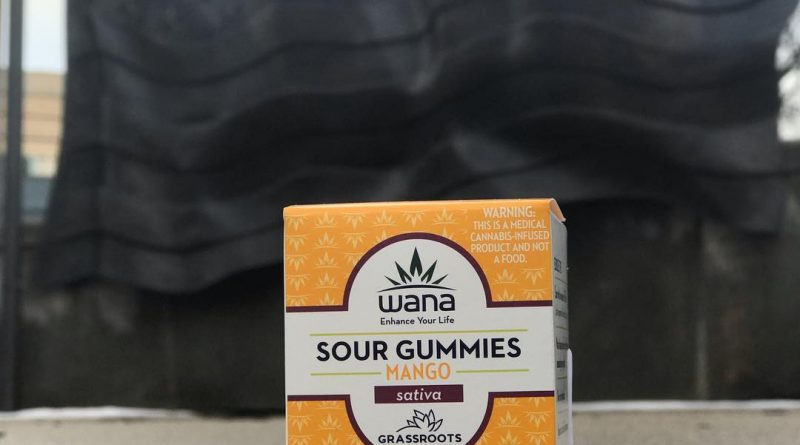 wana mango sour gummies by grassroots cannabis edible review by nightmare_ro