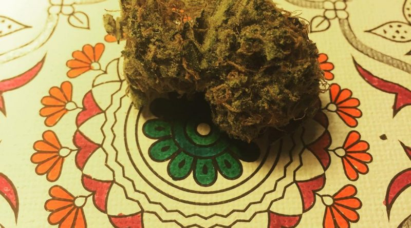 cold creek kush by redecan pharm strain review by thecoughingwalrus
