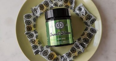 green apple sweet stones by encore company edible review by upinsmokesession