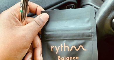 blue dream cartridge by rythm vape review by upinsmokesession