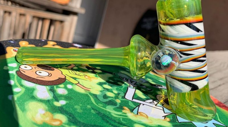 hammer by smug overdose glass review by diesel.dino