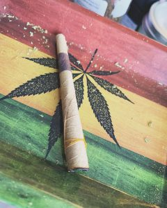 ebony leaf preroll by herbal goods company rolling review by brandiisbaked 2