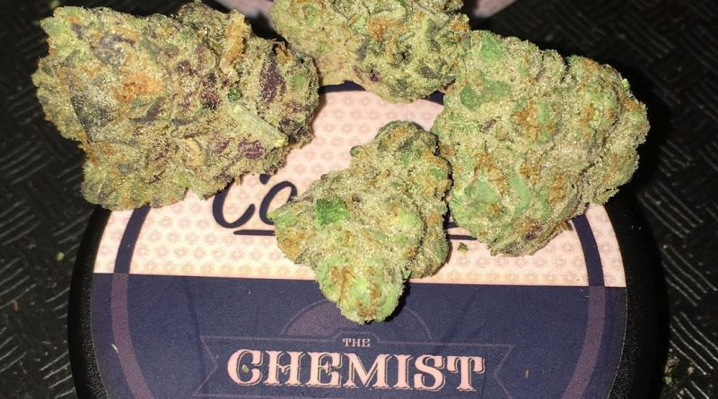 the chemist by connected cannabis co strain review by boofbusters420