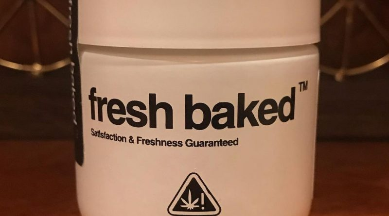peaches and creak by fresh baked strain review by can_u_smoke_test