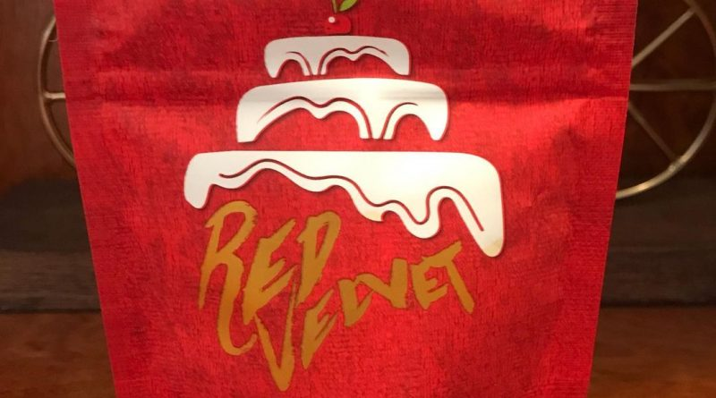 red velvet by grandiflora genetics strain review by can_u_smoke_test