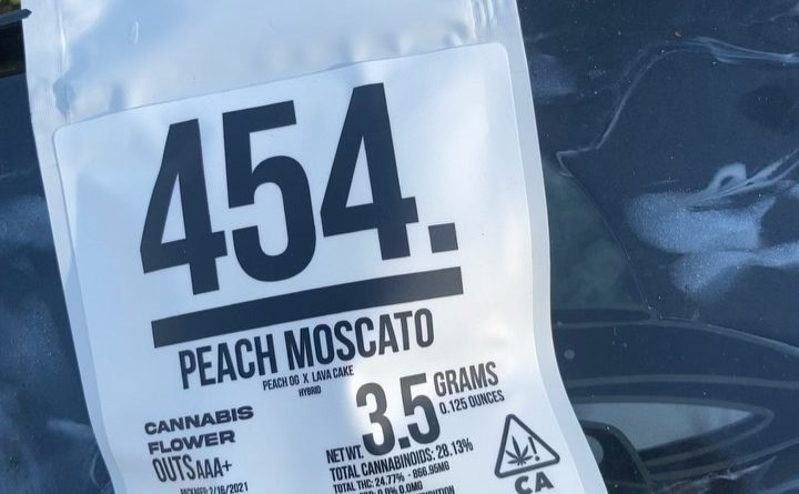 peach moscato by 454. strain review by sjweed.review