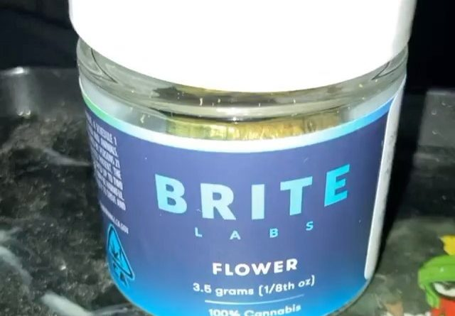 bombshell by brite labs strain review by sjweedreview